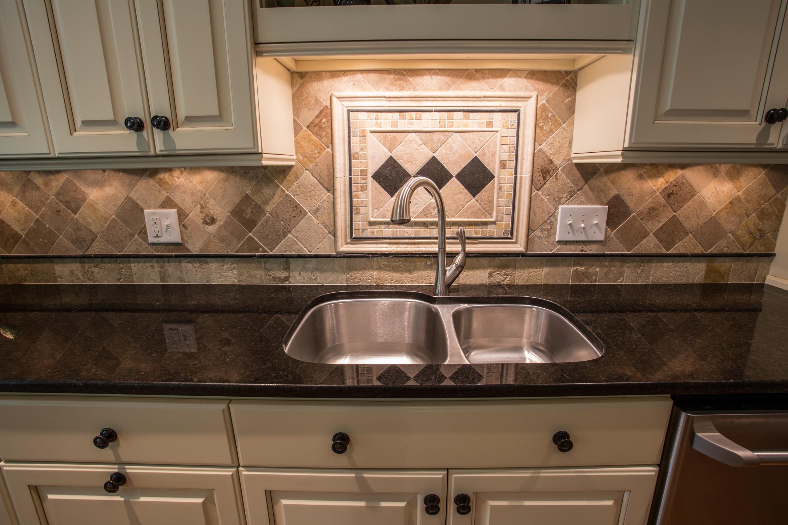 Kitchen After Sink Backsplash Design