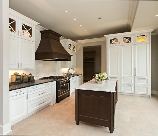 Beau Kitchen U0026 Bath Cottage Showroom Traditional Kitchen