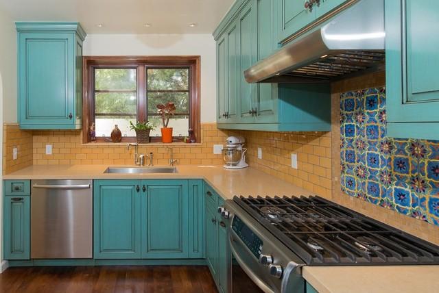 Kitchen & Bath traditional-kitchen