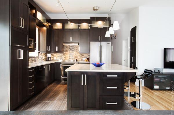 Kitchen and bathroom cuisine et salle de bain anjou for Salle de bain kitch