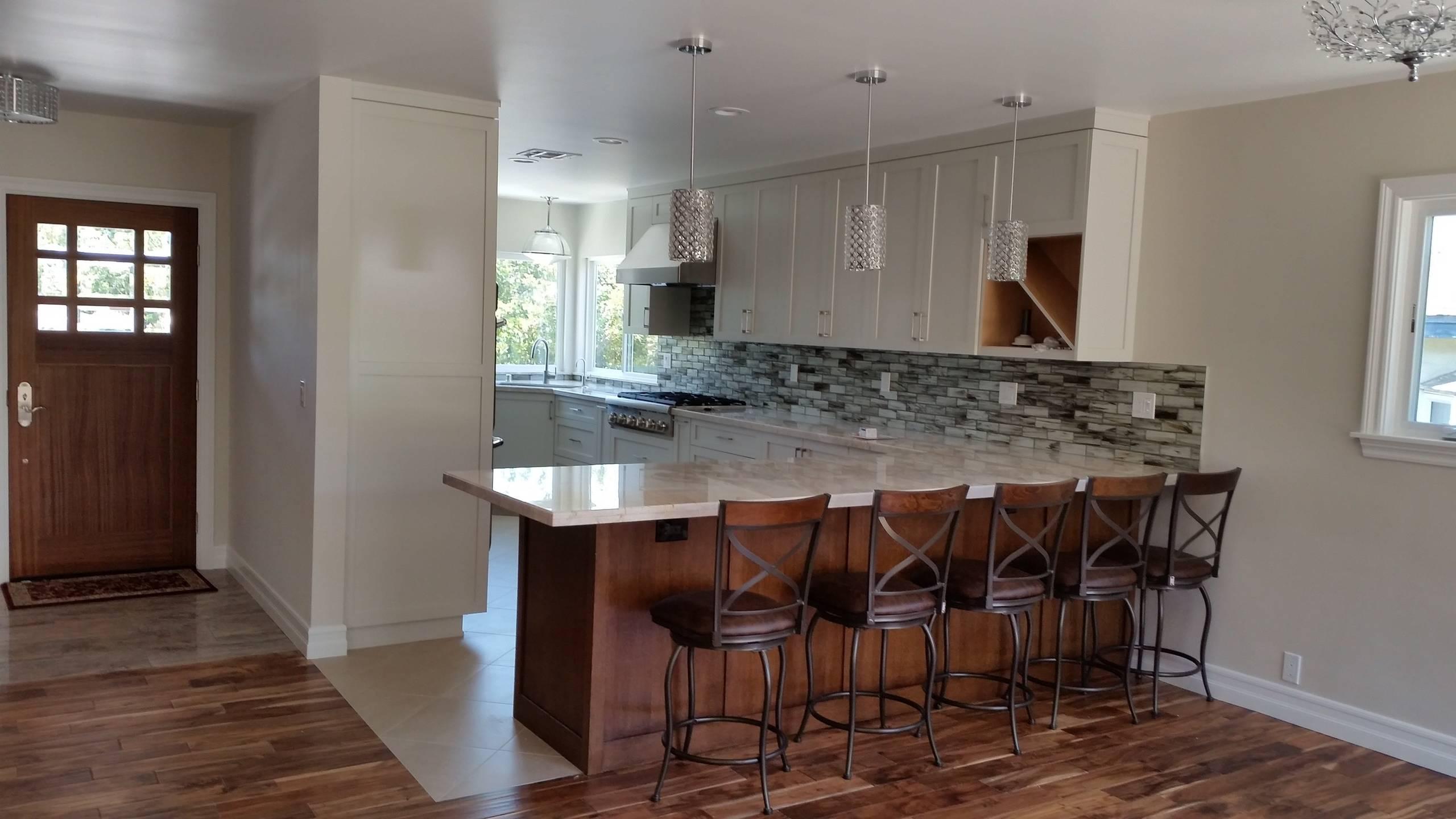 Kitchen & Entry finished