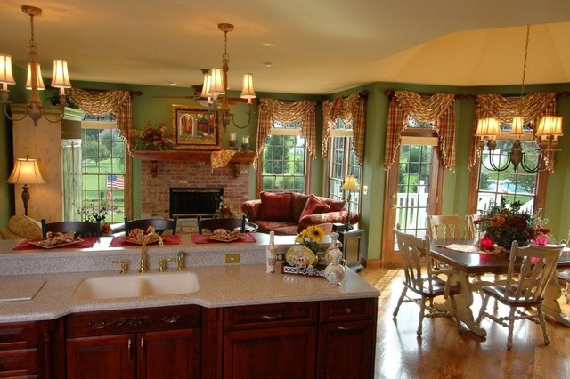 Kitchen And Hearth Room