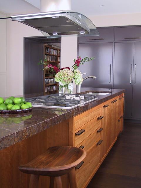 Kitchen transitional-kitchen