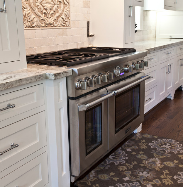 Kitchen Appliance - Transitional - Kitchen - houston - by Ridgewater Homes Inc