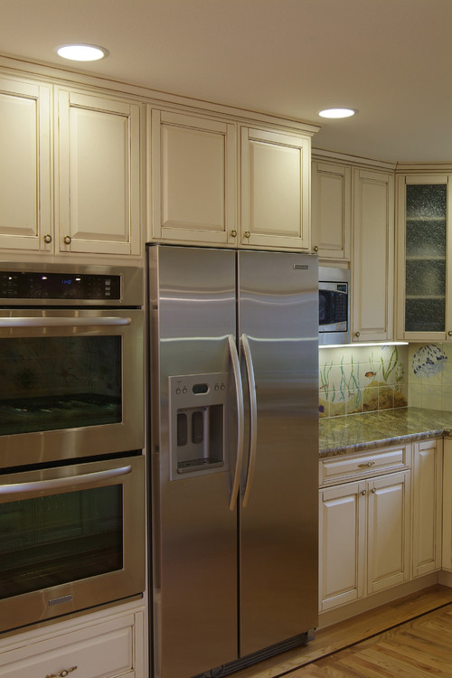 Love the kitchen! What size cabinet are the Kitchenaid ...