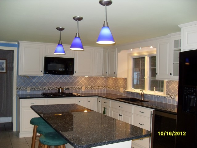 Kitchen Backsplash traditional-kitchen