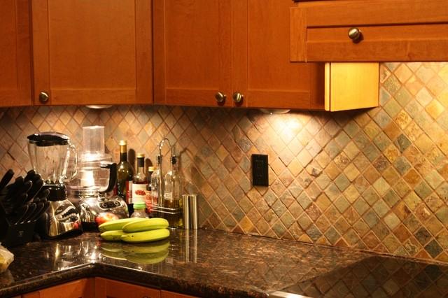 Kitchen Backsplash  Cocina  Toronto  de Honey Do Contractors