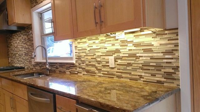 Kitchen Backsplash Linear Glass Marble Mosaic