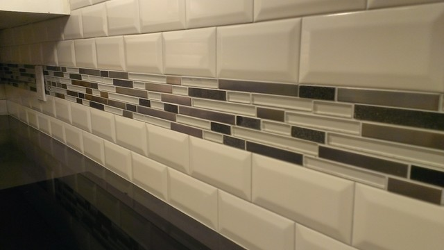 "Kitchen Backsplash Accents kitchen - backsplash - subway 3"" x 6"" beveled w/glass+metal band"