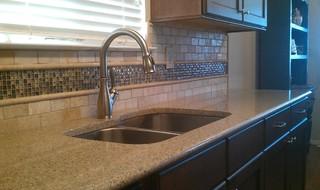 Kitchen Backsplash - Travertine Sub-Way / Liner and Glass Mosaic ...