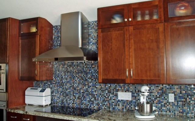 Kitchen Backsplashes modern-kitchen