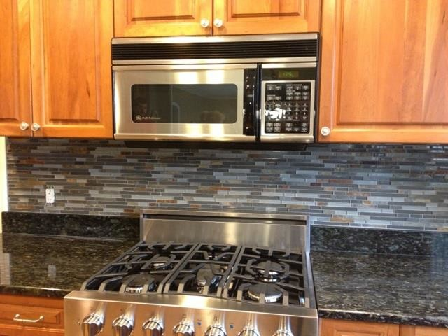 Kitchen Backsplashgl Tile And Slate Mix Backsplash Traditional