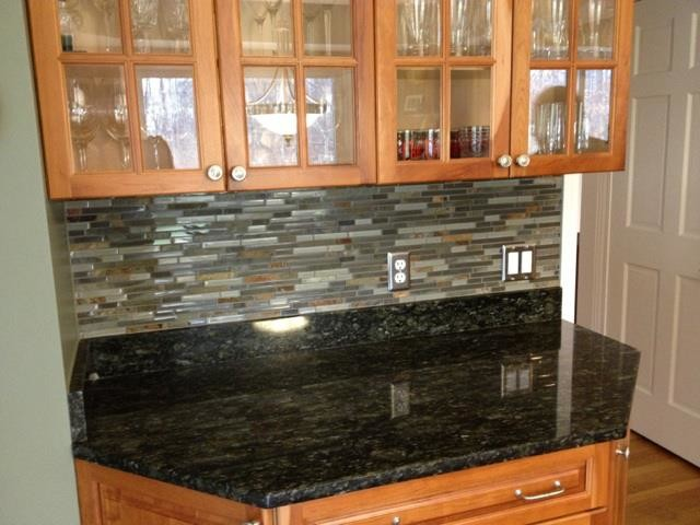Kitchen BacksplashGlass Tile and Slate mix Kitchen Backsplash