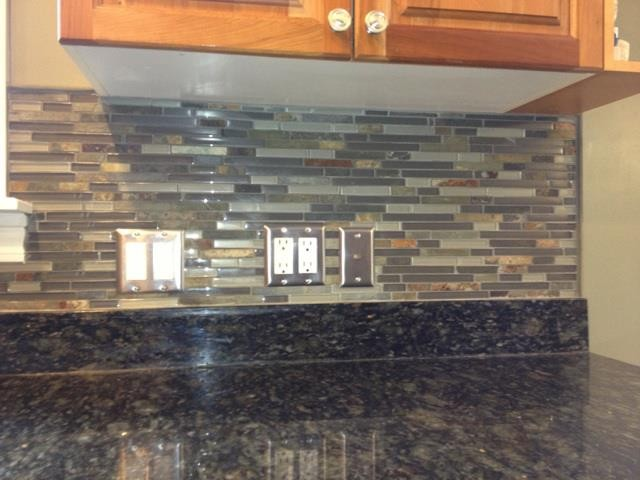 Kitchen BacksplashGlass Tile and Slate mix Kitchen Backsplash  traditional-kitchen - Glass And Slate Tile Backsplash Roselawnlutheran