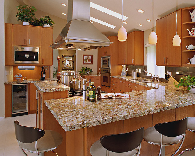 Kitchen Bar With Seating U0026 Pendant Lights Contemporary Kitchen