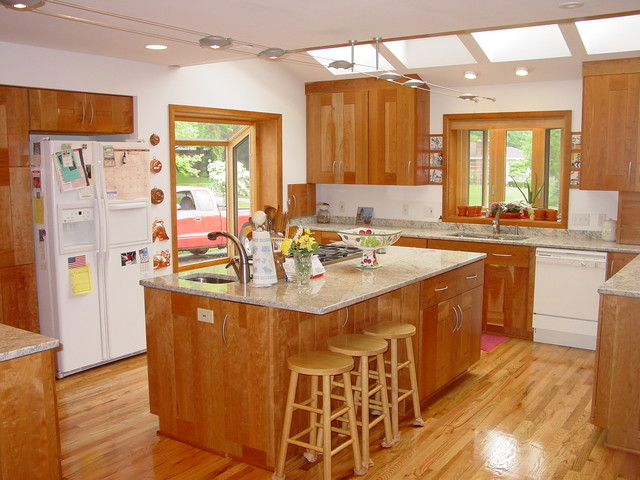 Kitchen by Tim Englert Construction, Inc.