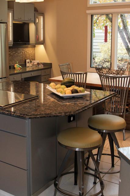 Kitchen Cabinet Reface - Richetti - Modern - Kitchen ...