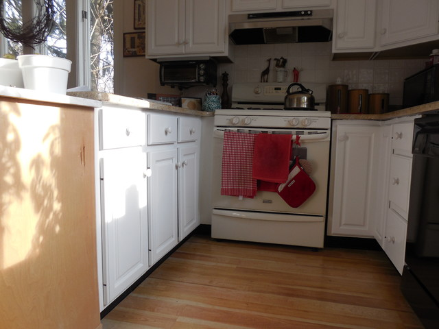 KITCHEN CABINET REFINISHING  WHITE traditional kitchen