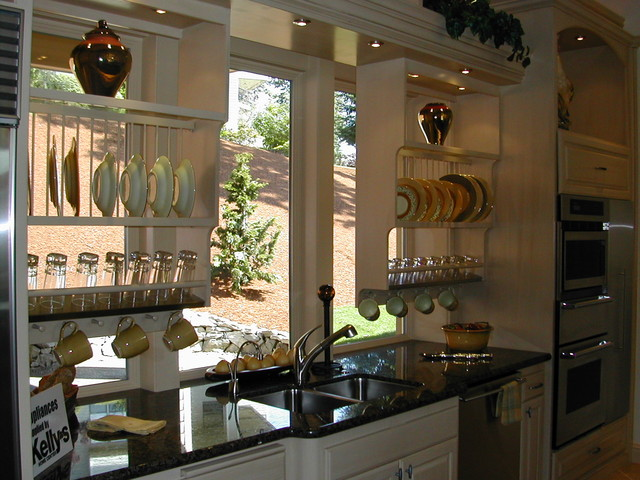 Kitchen Cabinetry eclectic-kitchen