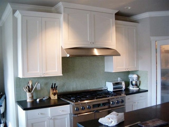 Kitchen cabinets traditional kitchen seattle by for Kitchen cabinets seattle