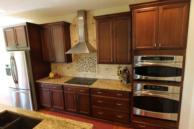 Kitchen Cabinets Medina Oh Traditional Kitchen Cleveland By Cabinet S Top