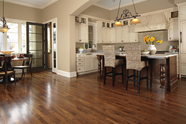 Mid Sized Transitional Open Concept Kitchen Ideas   Example Of A Mid Sized  Transitional