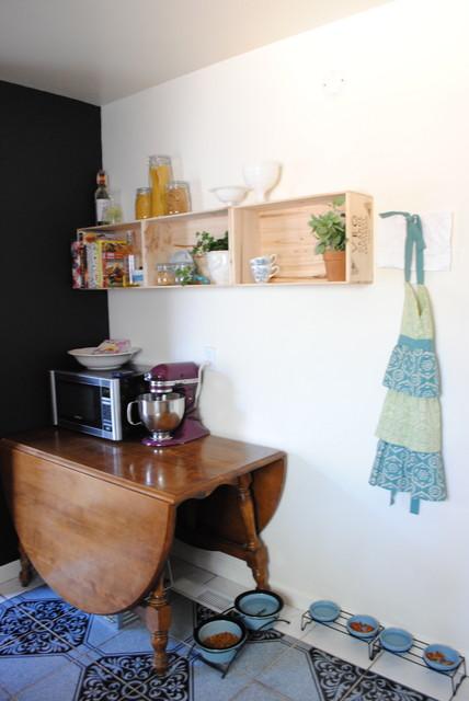 Kitchen (chelkboard wall) eclectic-kitchen