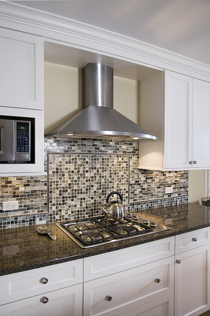 Kitchen Chimney Hood & Backsplash Detail - Contemporary ...