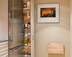 Trying to utilize ally kitchen space and add pantry - Houzz