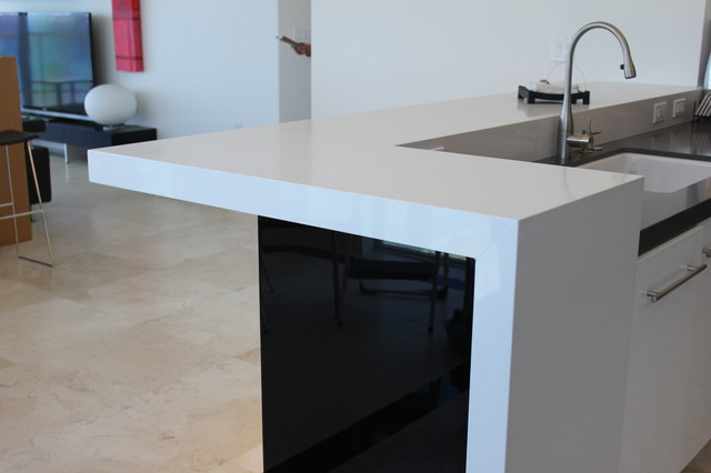 KITCHEN COUNTER TOPS, MARBLE, GRANITE, ONYX AND MORE modern-kitchen