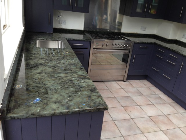 Kitchen Counterops In Labradorite Green Blue Granite 30mm