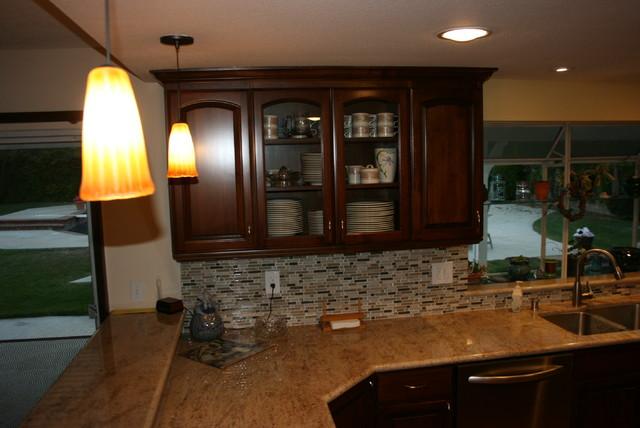 Kitchen Countertops traditional-kitchen
