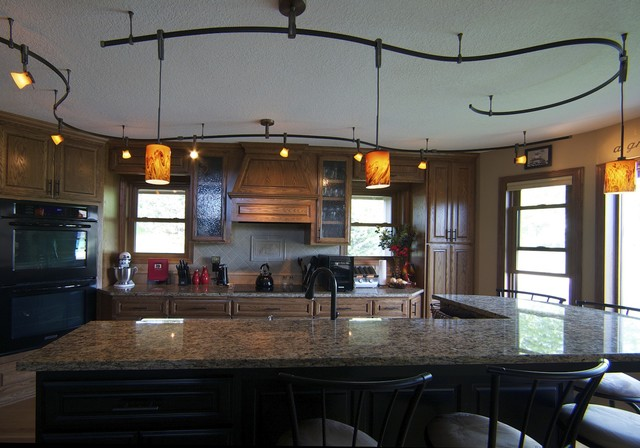 Traditional Kitchen Minneapolis