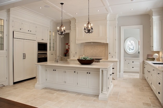 Kitchen Counter With White Cabinets And Crema Marfil Floor
