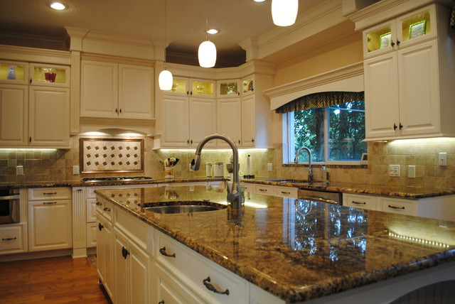 Kitchen Custom Cabinets By Leverette Traditional Kitchen Tampa By Leverette Home