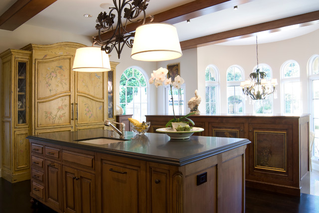Kitchen traditional kitchen other by de mattei for Kitchen cabinets quakertown pa
