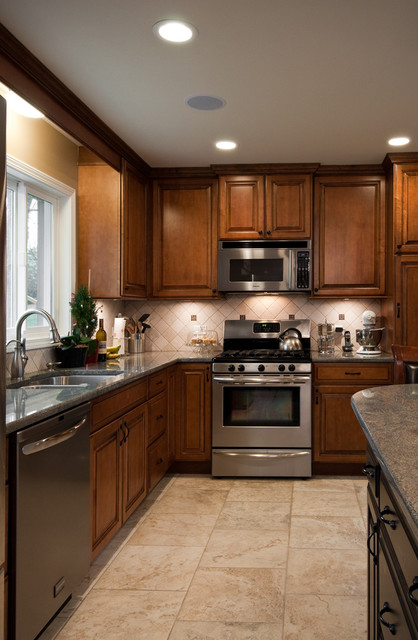 Kitchen Design and Remodeling-- Barrington, Il traditional kitchen