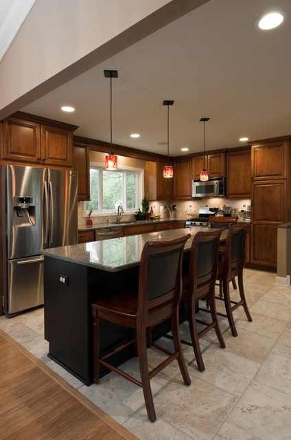 Kitchen Design and Remodeling-- Barrington, Il traditional-kitchen