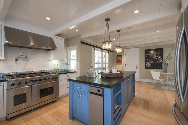 Kitchen design inspiration in lafayette ca homes staged to for Chef kitchen decorating ideas