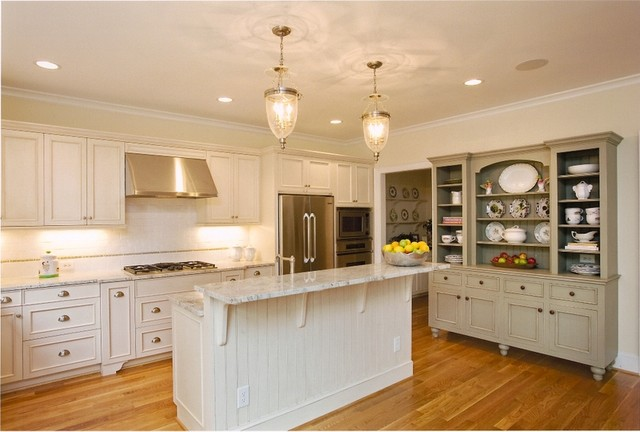 Kitchen designs traditional kitchen raleigh by for Kitchen design raleigh