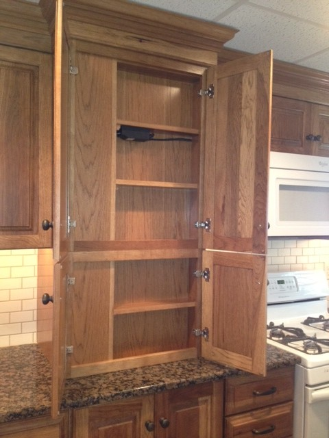 Kitchen-Diamond Montclair Hickory - Traditional - Kitchen - other metro - by Lowe's of Reading Pa.