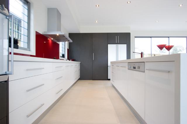 kitchen bauhaus look k che other metro von enigma. Black Bedroom Furniture Sets. Home Design Ideas