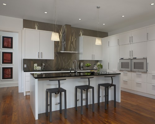 Contemporary Kitchen by Sterling Heights Kitchen & Bath Designers