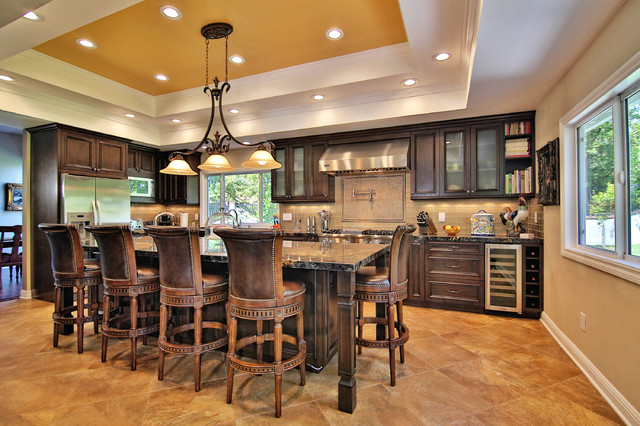 Good Inspiration For A Timeless L Shaped Kitchen Remodel In Los Angeles With  Beaded Inset Cabinets