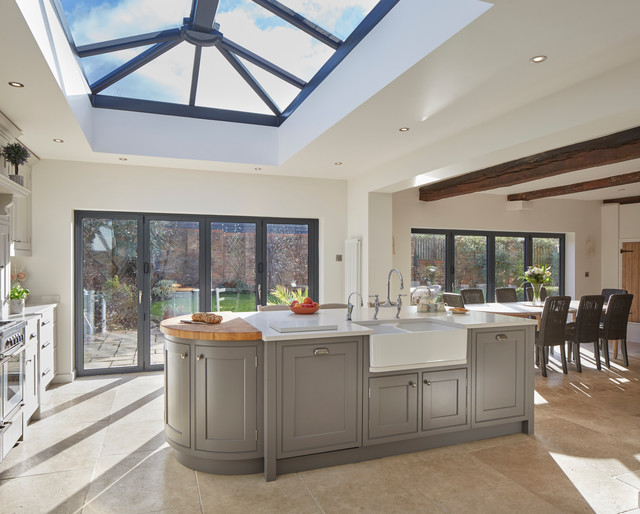 Kitchen extension wiltshire traditional kitchen for Traditional kitchen extensions