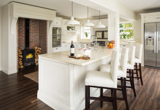Eat In Kitchen Traditional Dark Wood Floor Idea Dublin