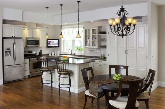Elegant L Shaped Eat In Kitchen Photo Boston With Raised Panel Cabinets
