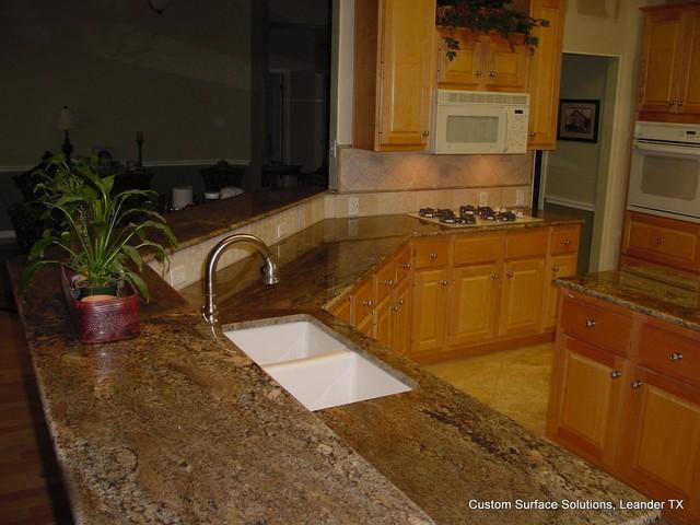 Travertine Stone Countertops : Kitchen granite counter and travertine tile backsplash