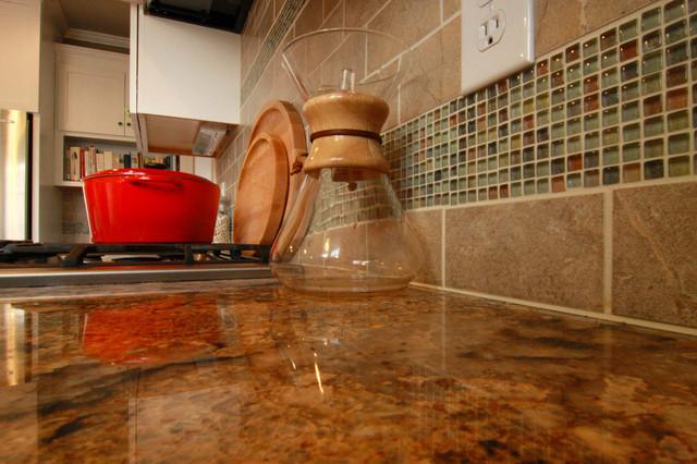 Kitchen Tiled Back Splash traditional-kitchen