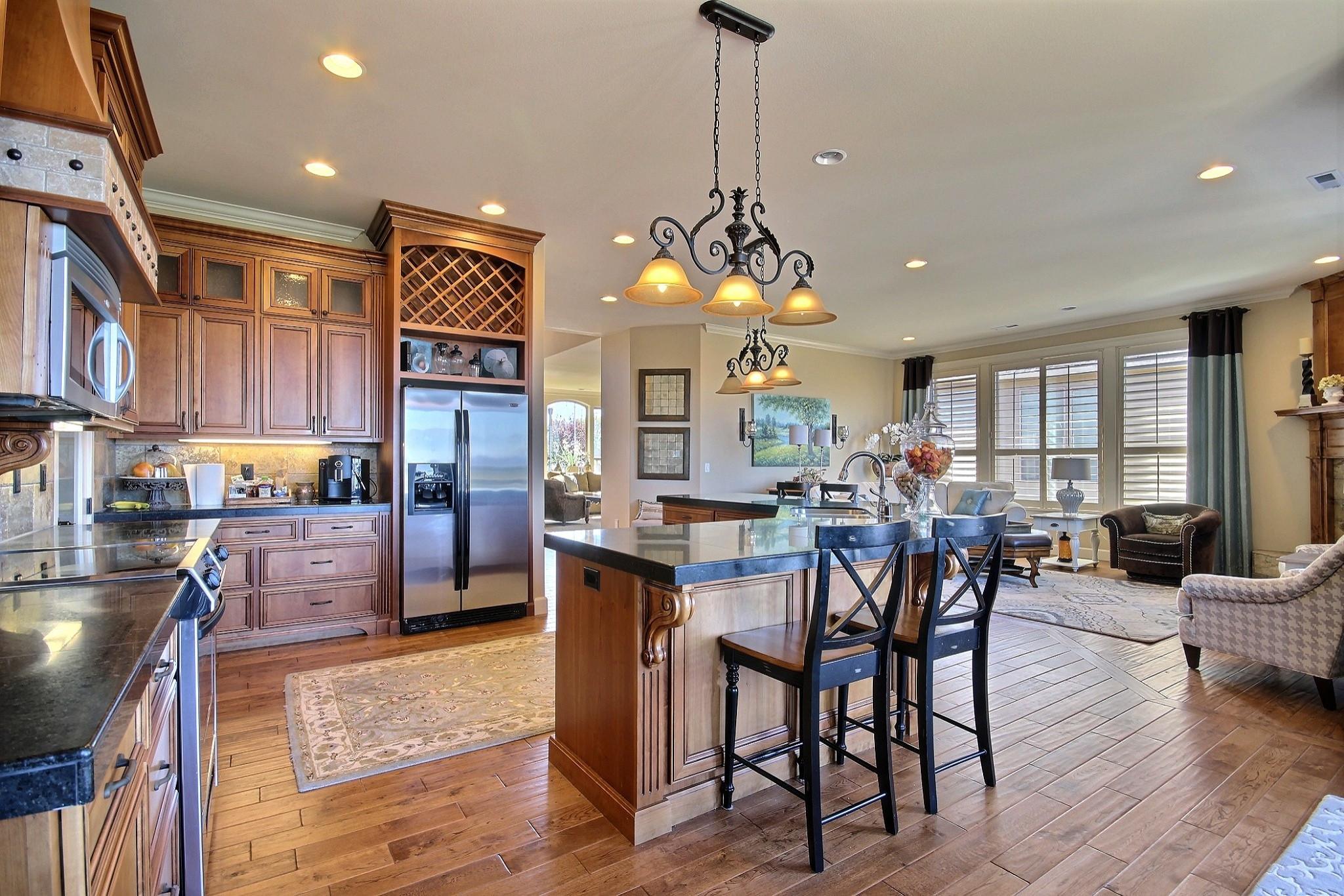 Split Level Ranch Kitchen Ideas & Photos   Houzz